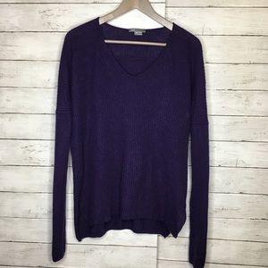 VINCE 100% Cashmere Purple V neck Side Slit sz M